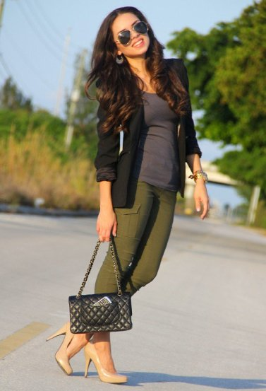 18-Khaki-Spring-Newest-Fashion-Trend-2015-Ready-To-Wear-Spring-Casual-Outfit-Khaki-Vest-1